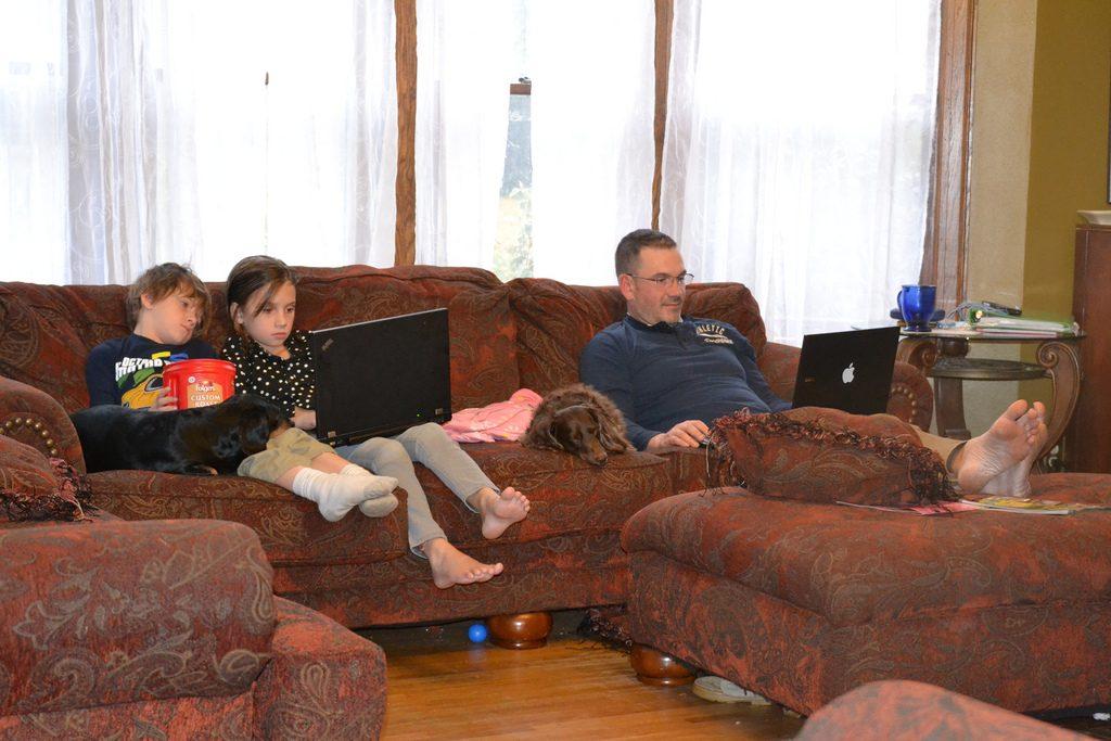 Se film hjemme i stuen eller på mobilen
